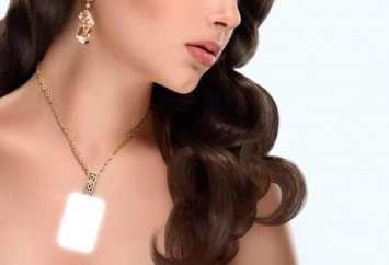 nft necklace